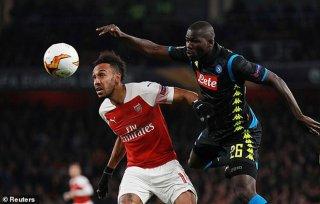 Lượt đi tứ kết Europa League: Arsenal đánh bại Napoli 2-0