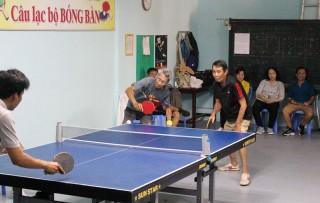 Giao lưu bóng bàn tại Nhà Văn hóa Người cao tuổi tỉnh