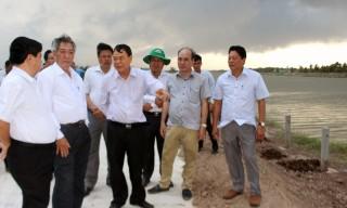 Khảo sát tiến độ thi công Dự án Hồ chứa nước ngọt Ba Tri