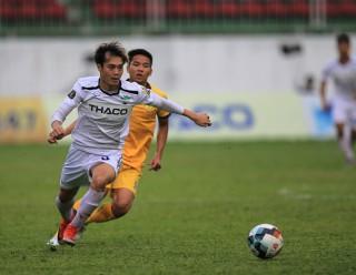 Vòng 11 V-League: SHB Đà Nẵng đánh bại HAGL 2-1
