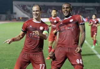 TP. Hồ Chí Minh thắng SLNA 2-1