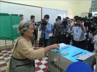 Bầu cử hội đồng địa phương tại Campuchia