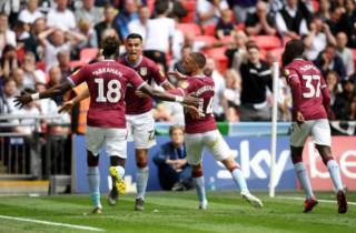 Aston Villa giành suất lên hạng ở Premier League mùa giải tới
