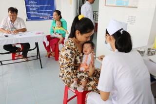 Ðảm bảo an toàn khi tiêm chủng cho trẻ