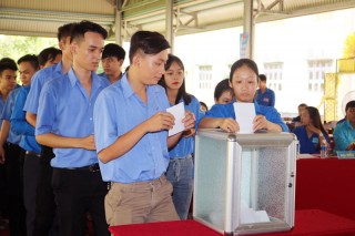 Anh Nguyễn Đức Hòa làm Bí thư Đoàn Trường Cao đẳng Đồng Khởi