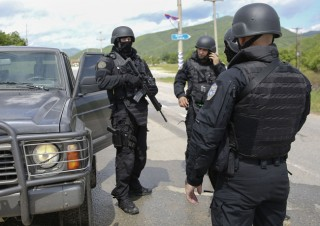 Căng thẳng Serbia-Kosovo lại bùng phát
