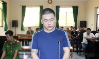 Chém người gây thương tích, bị phạt 1 năm 9 tháng tù