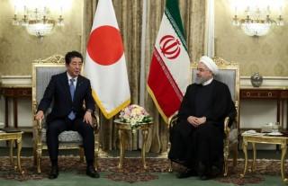 Thủ tướng Nhật Bản Shinzo Abe hội đàm với Tổng thống Iran