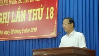 Huyện ủy Thạnh Phú tổ chức Hội nghị lần thứ 18