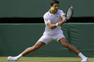 Djokovic khởi đầu hành trình bảo vệ ngôi vô địch Wimbledon khi thắng ngược cả 3 set