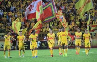 Đội bóng Việt Nam lập kỷ lục cuốn hút khán giả hàng đầu Đông Nam Á