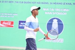 Tay vợt 16 tuổi Vũ Hà Minh Đức vô địch giải trẻ U.18 ITF nhóm 5 ở Tây Ninh