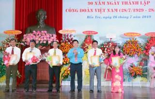 Nhiều hoạt động kỷ niệm 90 năm Ngày thành lập Công đoàn Việt Nam