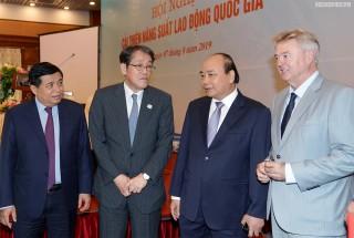 Thủ tướng kêu gọi tạo bứt phá mới trong năng suất lao động