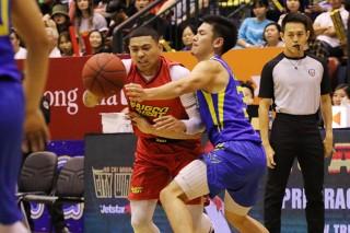 Saigon Heat đánh bại Hochiminh City Wings 74-71