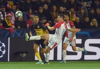 Bảng F Champions League:  Dortmund có được chiến thắng đầu tiên