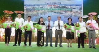 TP. Bến Tre họp mặt kỷ niệm Ngày Doanh nhân Việt Nam 13-10