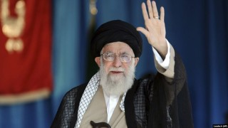 Lãnh tụ tối cao Iran: Cần phát triển thêm vũ khí hiện đại và tân tiến