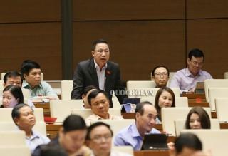 Đại biểu Quốc hội góp ý Luật sửa đổi, bổ sung một số điều của Luật Cán bộ, công chức và Luật Viên chức