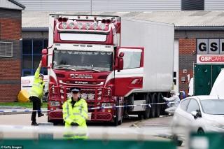 Cảnh sát Anh đề nghị cộng đồng người Việt hỗ trợ nhận dạng thi thể nạn nhân trong container