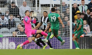 Wolves hòa thất vọng trên sân của Newcastle