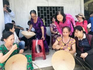 Đời sống cộng đồng dân cư trong phát triển du lịch
