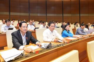 Quốc hội thông qua 2 dự án luật