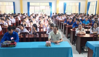 Ba Tri phát động tham gia Cuộc thi trực tuyến tìm hiểu về Đảng Cộng sản Việt Nam