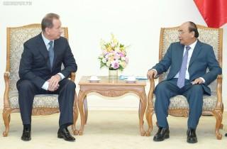 Thủ tướng tiếp Giám đốc Cơ quan Vệ binh quốc gia Nga