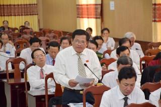 Thảo luận một số tình hình phát triển kinh tế - xã hội của tỉnh