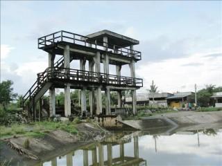 Đảm bảo cấp nước cho sản xuất, sinh hoạt của người dân