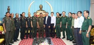 Bộ Tư lệnh Quân khu 3 - Bộ Quốc phòng Campuchia chúc Tết tại tỉnh