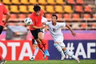 U23 Uzbekistan may mắn vào tứ kết khi để thua U23 Hàn Quốc