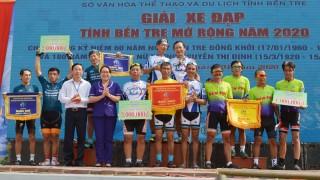 Hào hứng Giải xe đạp tỉnh Bến Tre mở rộng năm 2020 chào mừng kỷ niệm 60 năm Ngày Bến Tre Đồng Khởi