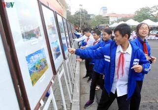 Khai mạc triển lãm 90 năm Đảng Cộng sản Việt Nam ở Hải Phòng