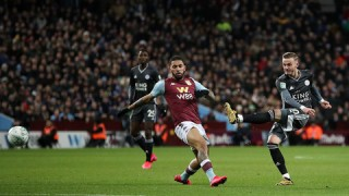 "Aston Villa 2-1 Leicester: ""Bầy cáo"" ôm hận phút bù giờ"