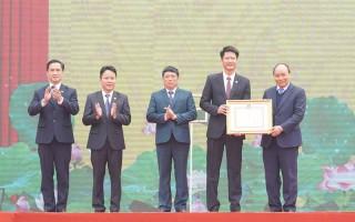Thủ tướng trao Quyết định đạt chuẩn nông thôn mới cho huyện Trấn Yên