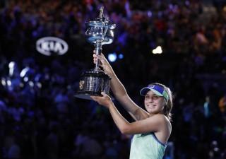 Sofia Kenin - 'Nữ hoàng' mới của Australia Open