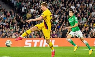 Messi lập hat-trick kiến tạo, Barca ngược dòng trong trận cầu có 2 thẻ đỏ