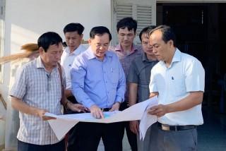 Lãnh đạo tỉnh khảo sát tiến độ một số công trình tại Bình Đại, Ba Tri