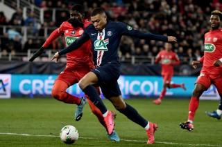 'Đập' Dijon như chơi tennis, PSG vào bán kết cúp quốc gia Pháp