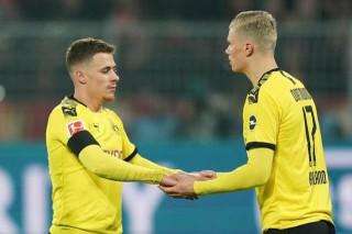 Dortmund chật vật giành 3 điểm, Bayern đại thắng nhờ cú đúp của Coutinho