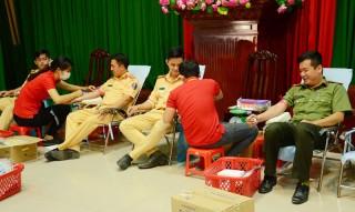 Đoàn Thanh niên Công an tỉnh tổ chức hiến máu tình nguyện