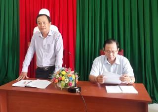 Giồng Trôm họp Ban Chỉ đạo phòng chống dịch bệnh viêm đường hô hấp cấp