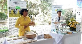 Nhà khoa học nữ đầu tiên nhận giải thưởng Trần Ðại Nghĩa