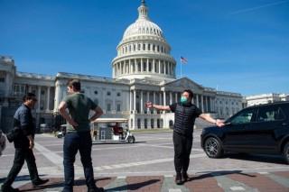 Nhân viên Quốc hội Mỹ mắc COVID-19