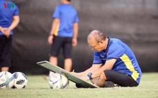 """Thầy Park và VFF tìm cách gỡ """"nút thắt"""" lịch vòng loại World Cup và AFF Cup"""