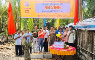 Quỹ thiện nguyện Việt Phú hỗ trợ 100 triệu xây cầu nông thôn