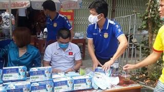 Ban huấn luyện DNH Nam Định chung tay đẩy lùi dịch Covid-19