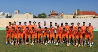 Cầu thủ Việt Nam đầu tiên phải cách ly vì COVID-19
